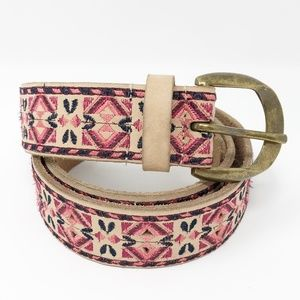 Lucky Brand Embroidered Leather Belt Large
